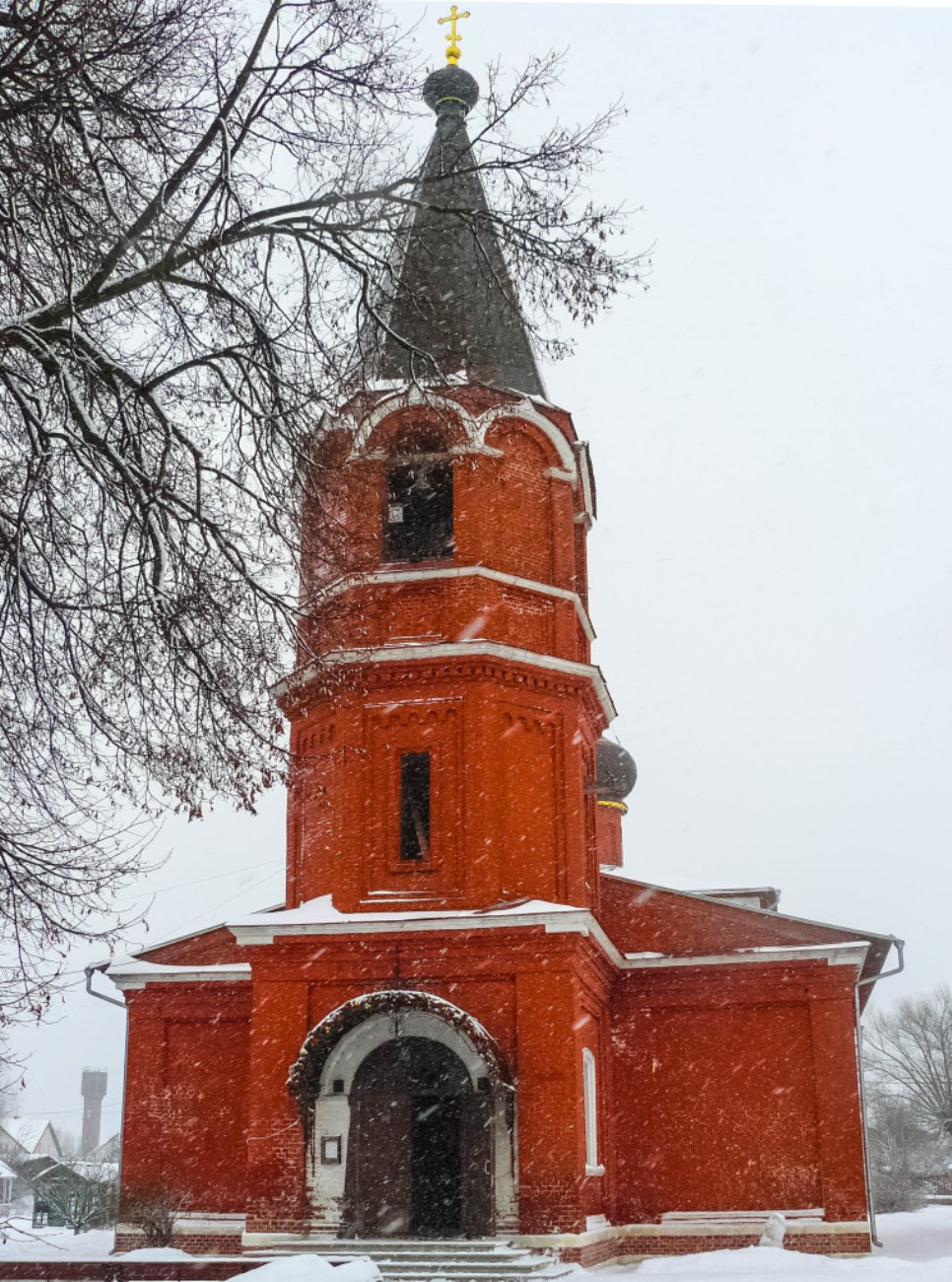 irina-fortuna-church-aksinino 03.jpg