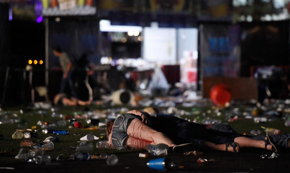 19. По уточненным данным Пэддок покончил с собой еще до того, как полиция вошла в его номер в отеле.