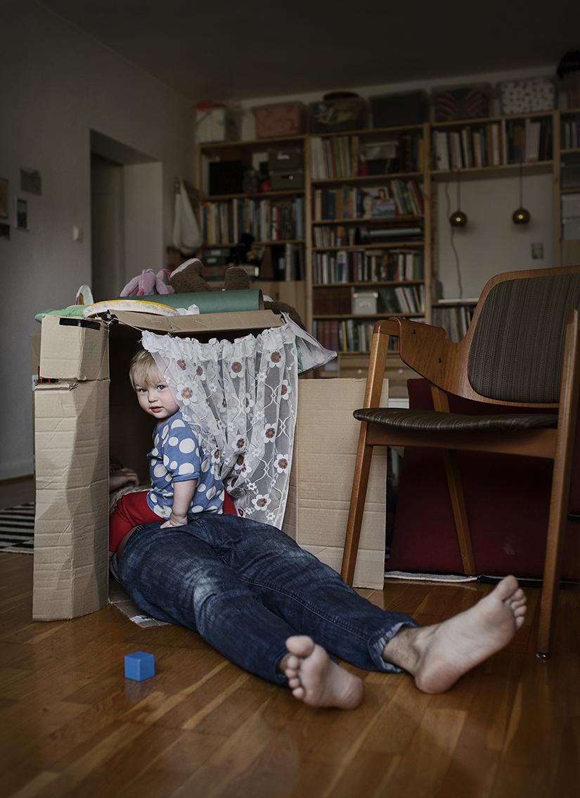 Луи Кулау, художник, 28 лет. Находится в отпуске по уходу за ребенком 1 год.