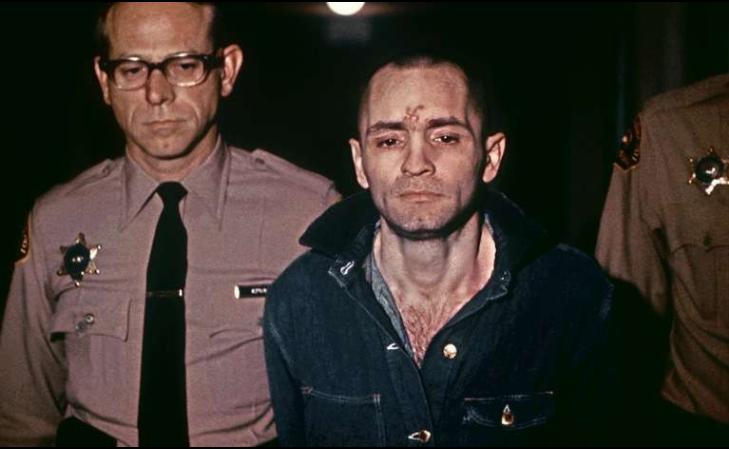 В 1969 году члены секты «Семья» ворвались в дом режиссера Романа Полански в Беверли-Хиллз и зарезали