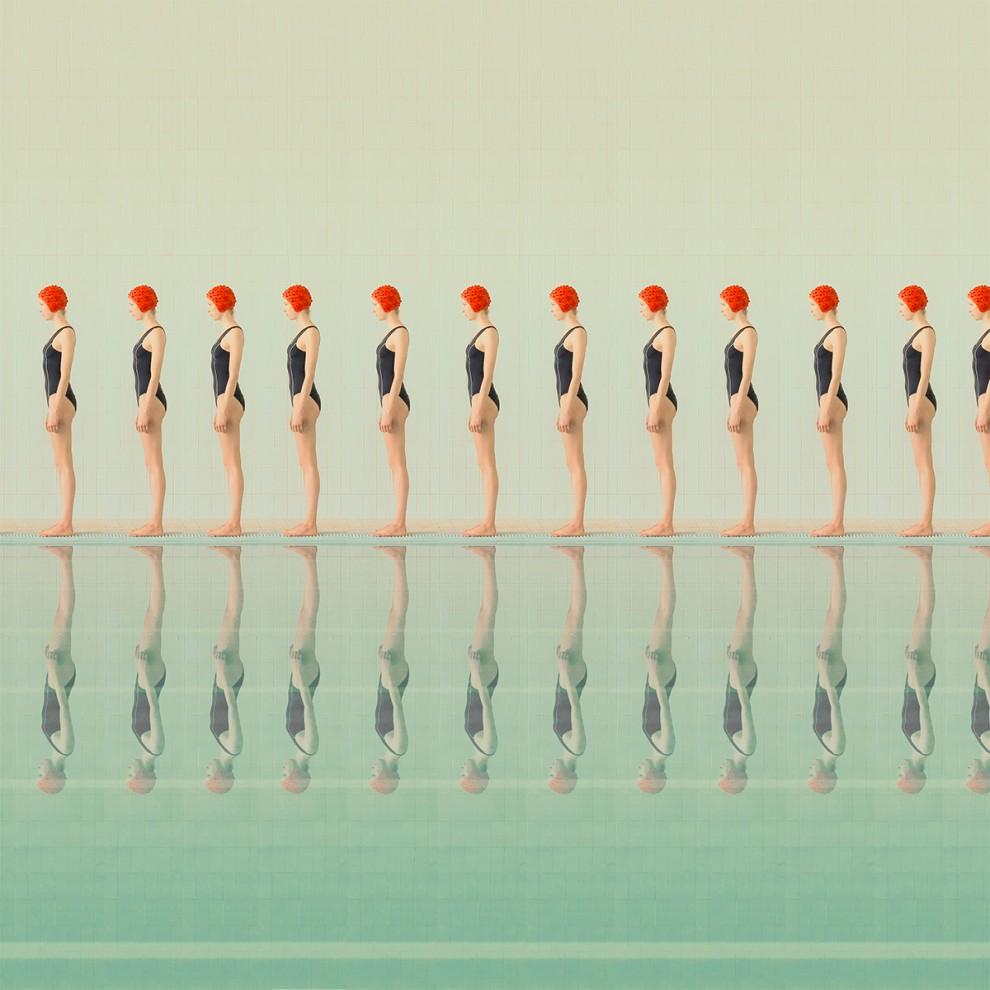 В бассейне: серия фотоманипуляций Maria Svarbova