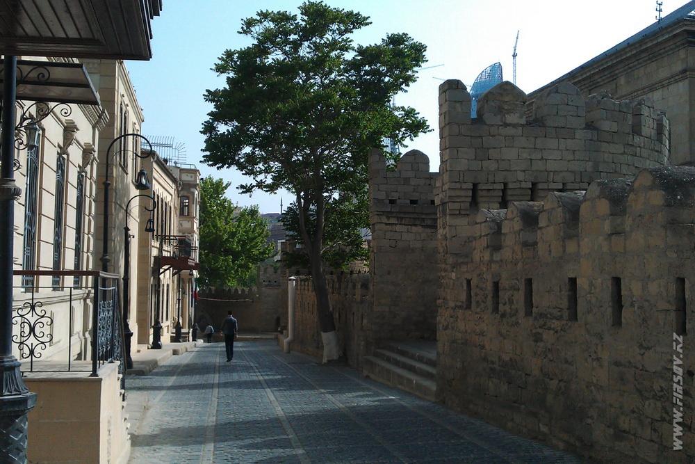 Baku_Old_Town 19.JPG