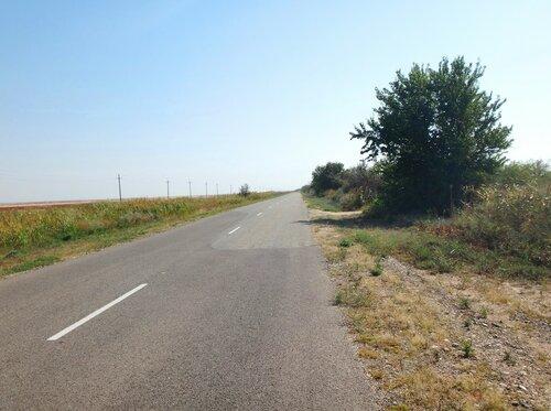 Дорога на Ясенскую Переправу ...   27. Фото из велокольца. Ахтари-Староминская-Бейсугский пролив (176).JPG
