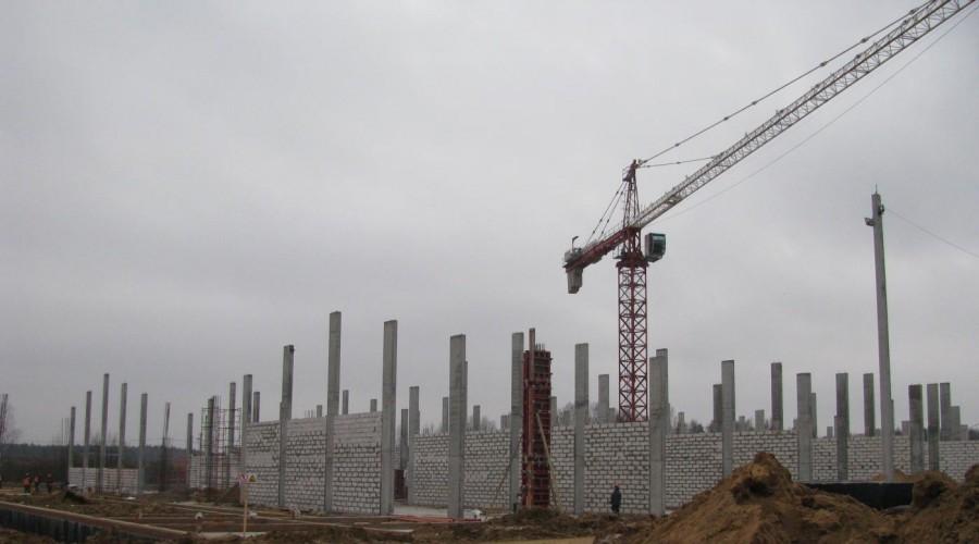 В Дзержинском районе полным ходом идет строительства современного комплекса по выращиванию шампиньонов