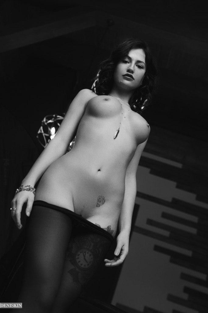 Снимки в жанре «Ню» Александра Денискина
