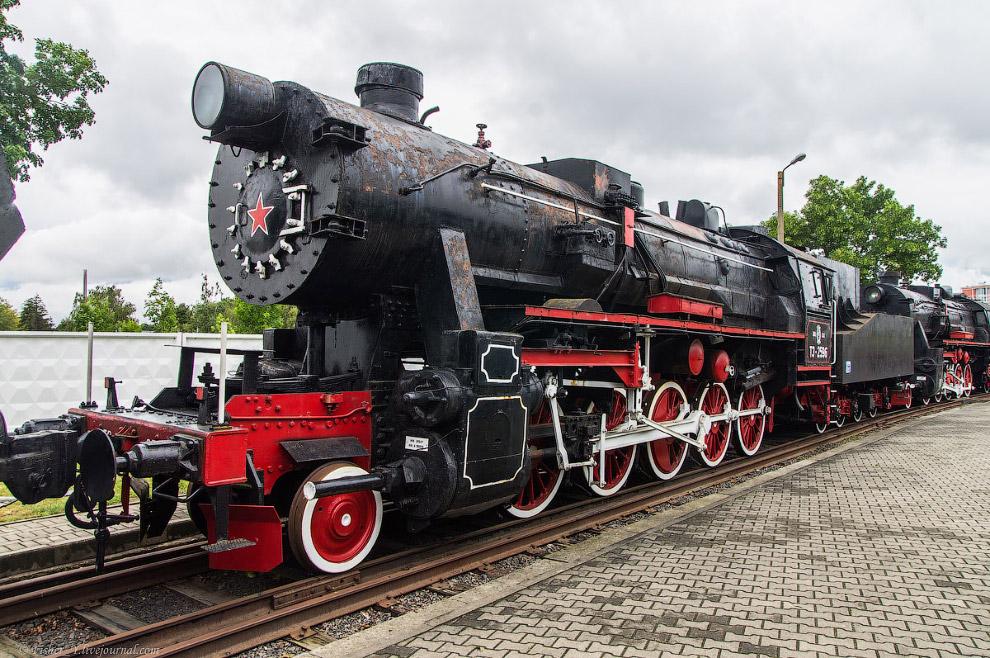 10. Паровоз Типа 1-5-0 серии ТЭ №5806. Построен в 1943 году в Германии.