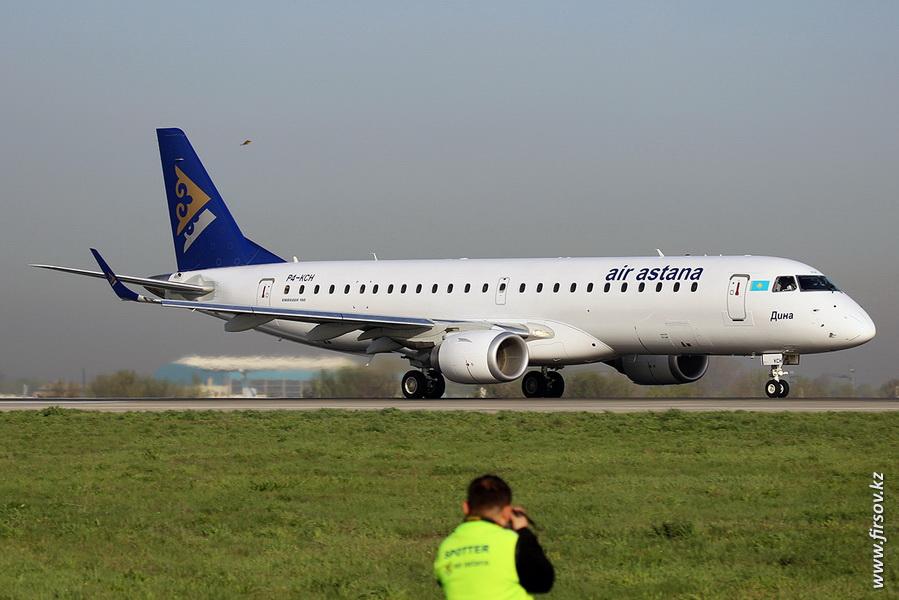 Embraer_ERJ-190_P4-KCH_Air_Astana_9_ALA.JPG