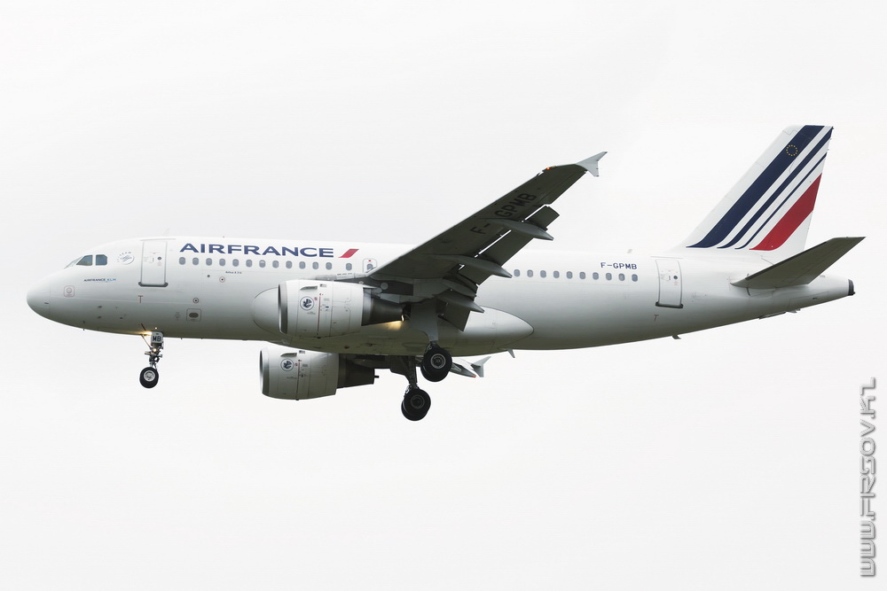A-319_F-GPMB_Air_France_1_TLC_resize.jpg