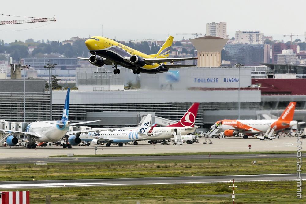 B-737_F-GZTM_ASL_Airlines_France_1_TLS_resize.jpg