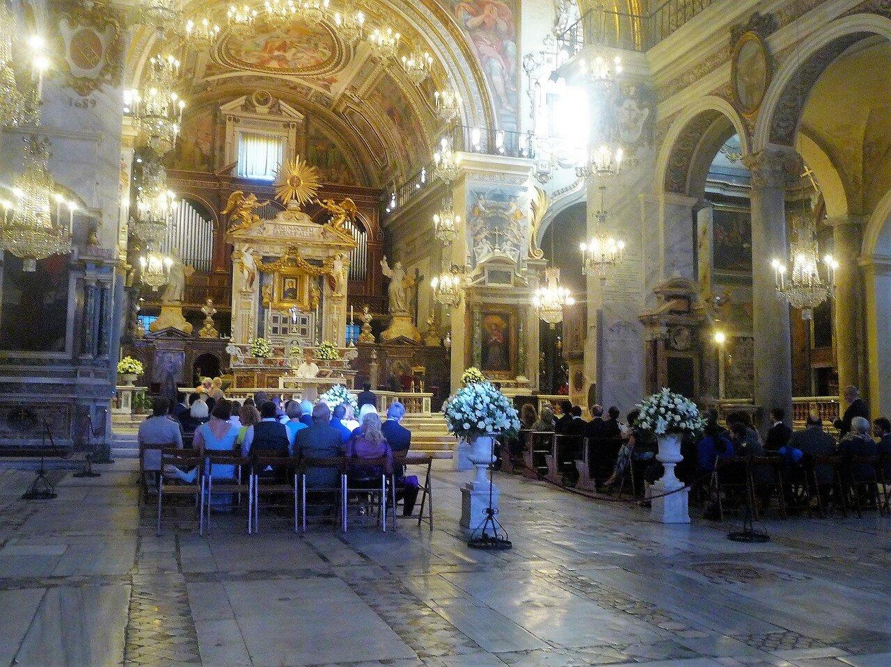 Церковь Santa Maria in Aracoeli.