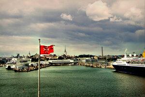 В порту Стокгольма.