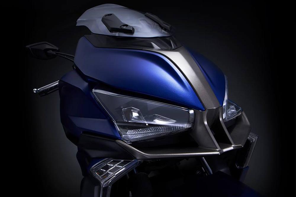 EICMA 2017: Скутер Kymco Xciting S400 2018