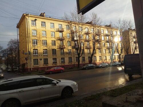 ул. Ленсовета 24