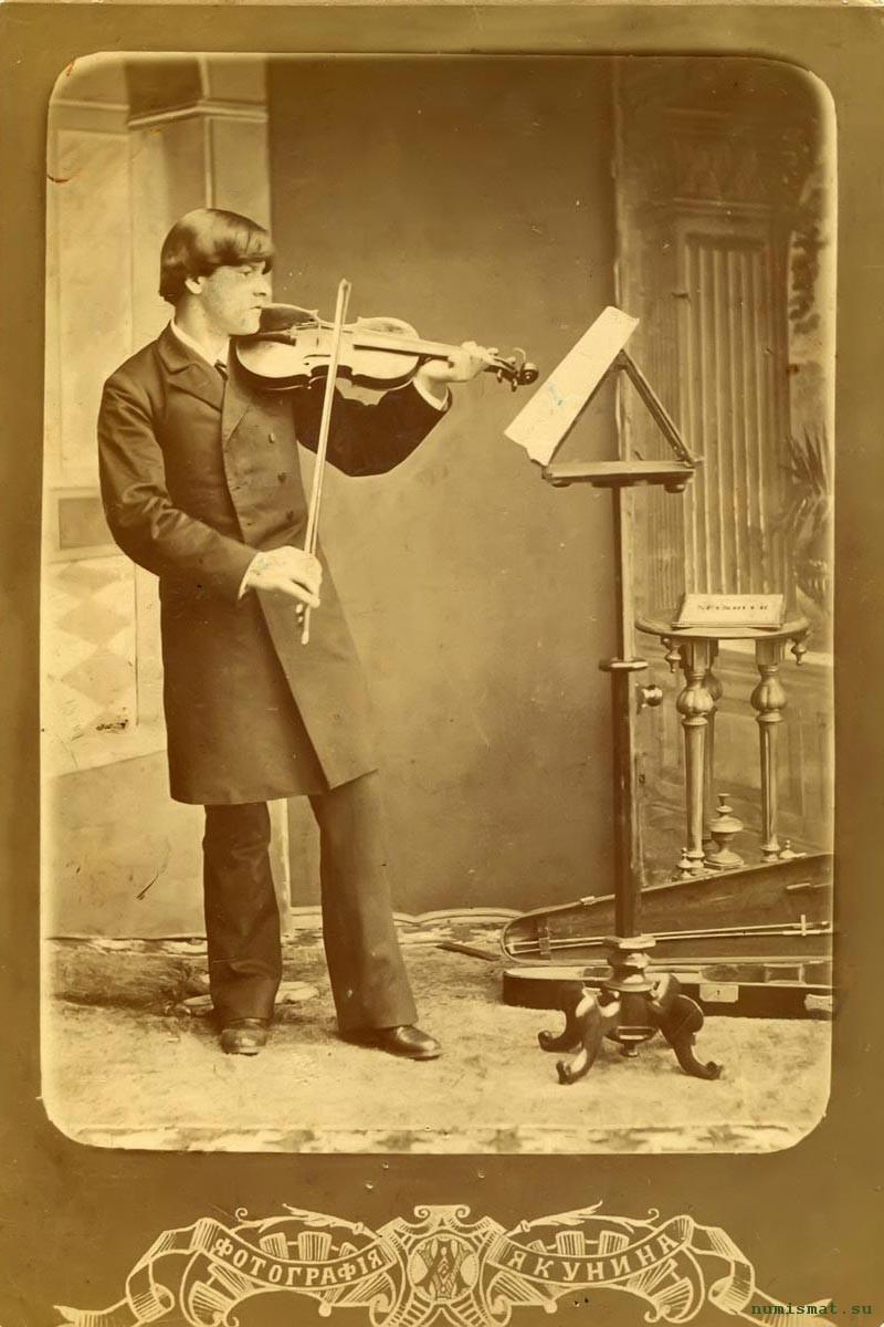 Александр Грибушин (1864-1889 гг.) – второй сын «кунгурского чайного короля» Михаила Ивановича Грибушина