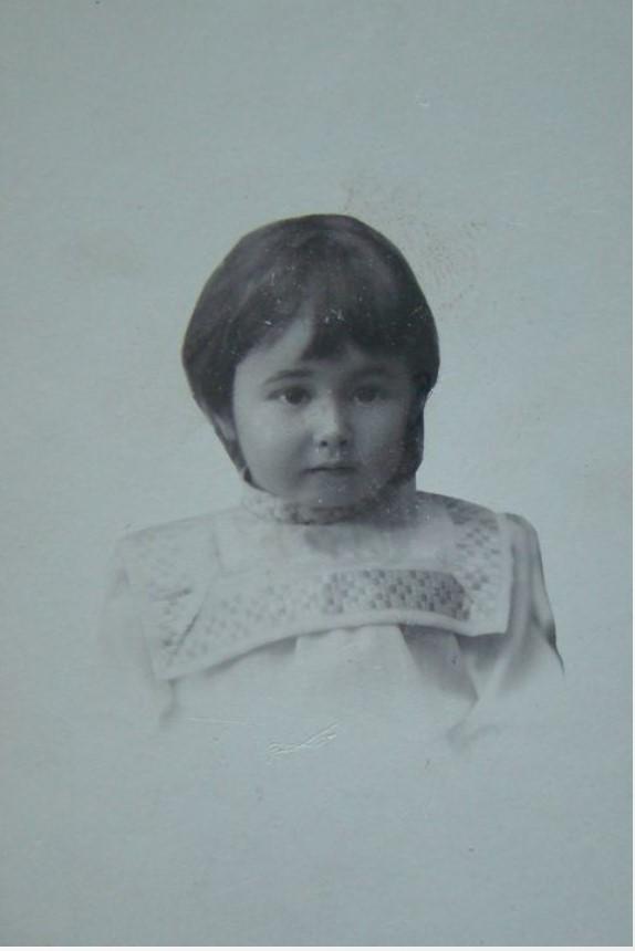 1911. Портрет девочки Сони Тержиной. 6 ноября