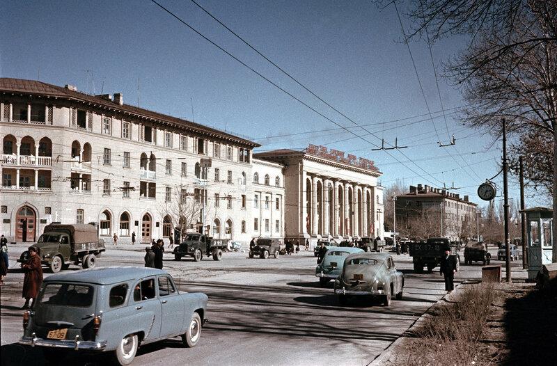 1959 Tashkent, ul. Navoi.jpg