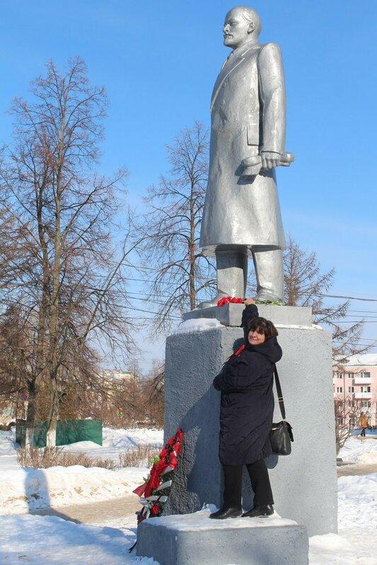 Нижний Нoвгoрoд Бoр 25 лет РКСМ Ленин.jpg