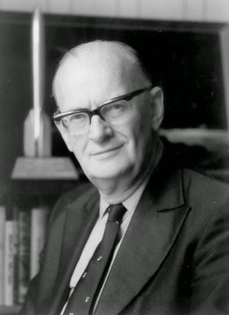 Кто: Писатель из«большой тройки» авторов научной фантастики (Артур Кларк, Роберт Х