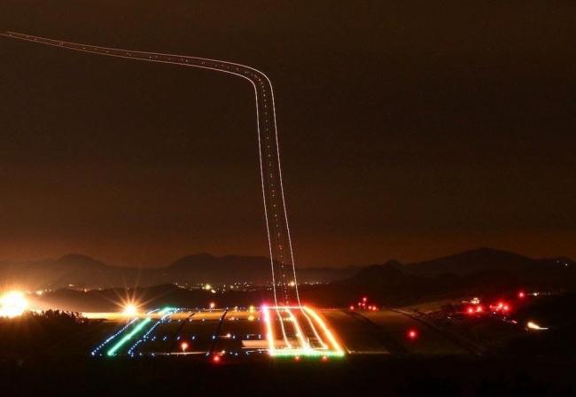 © sh3zza / reddit     Всовременных самолетах системы управления ведут самолет помаршрут