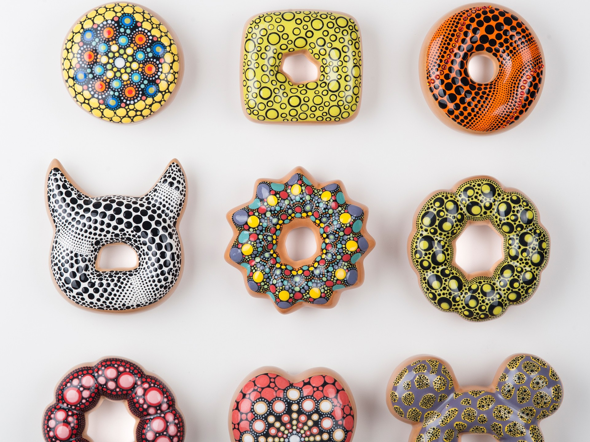 Pop Culture Inspired Ceramic Donuts (5 pics)