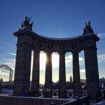 Коллонада на Бородинском мостк
