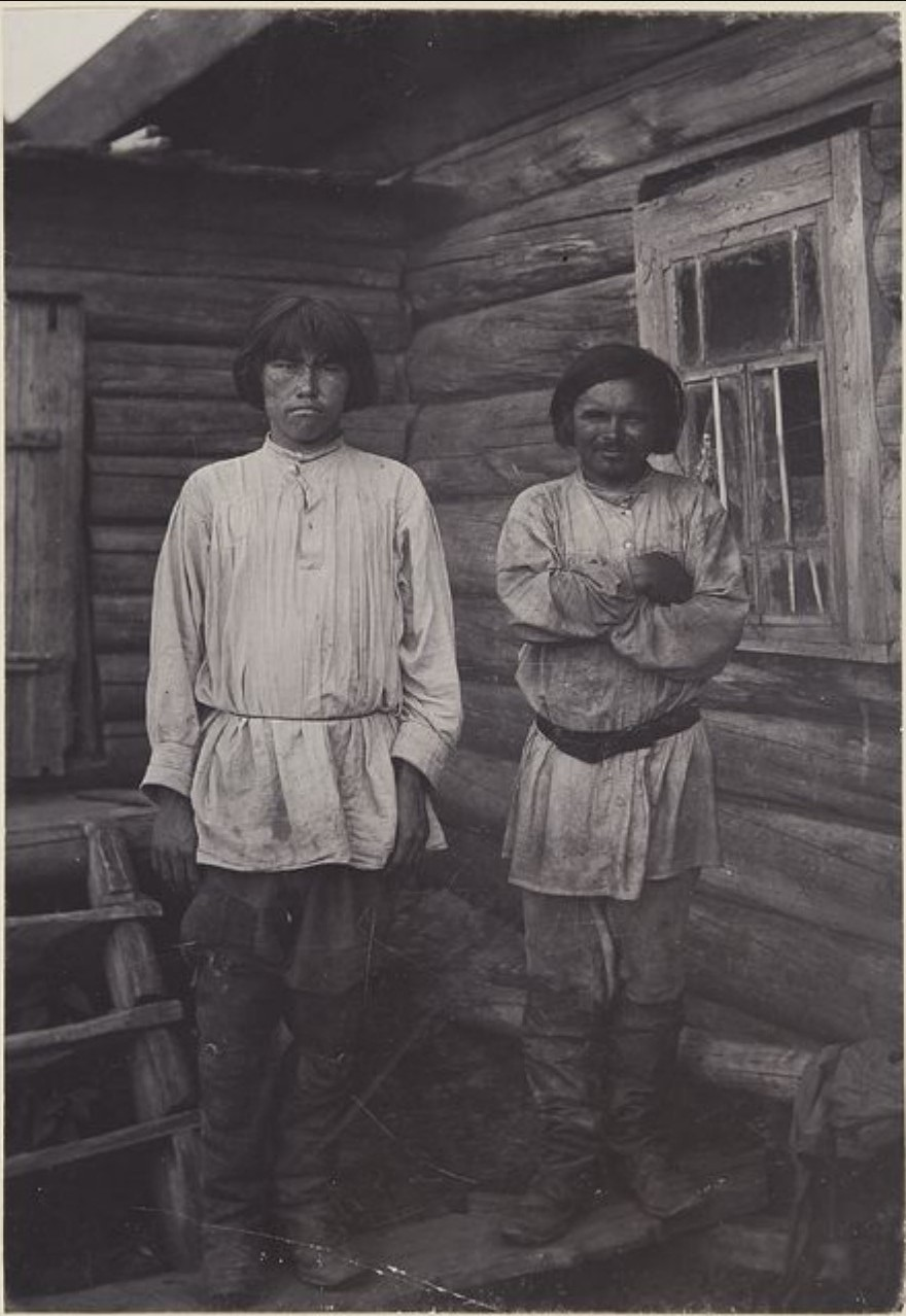 Две ханта. Слева направо: Филипп Немелькин, Наум Джадизин. Васюган