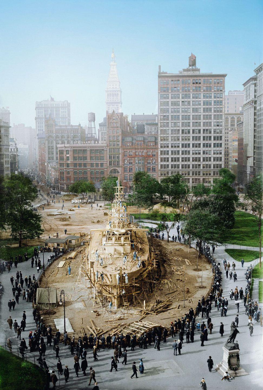 1917. Деревянный броненосец, построенный военно-морским флотом на Юнион-сквер, Нью-Йорк