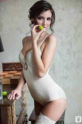 Журнал Журнал PlayboyPlus: Sunshine - Have A Drink (17-03-2014)