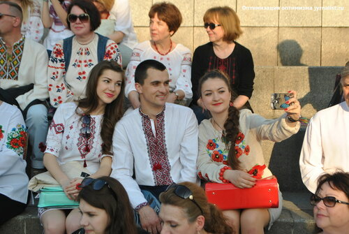 день вышиванки киев 2015 массовое фото