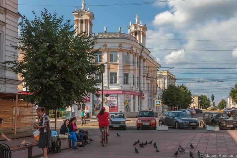 Трехсвятская улица, Тверь, Новоторжская улица