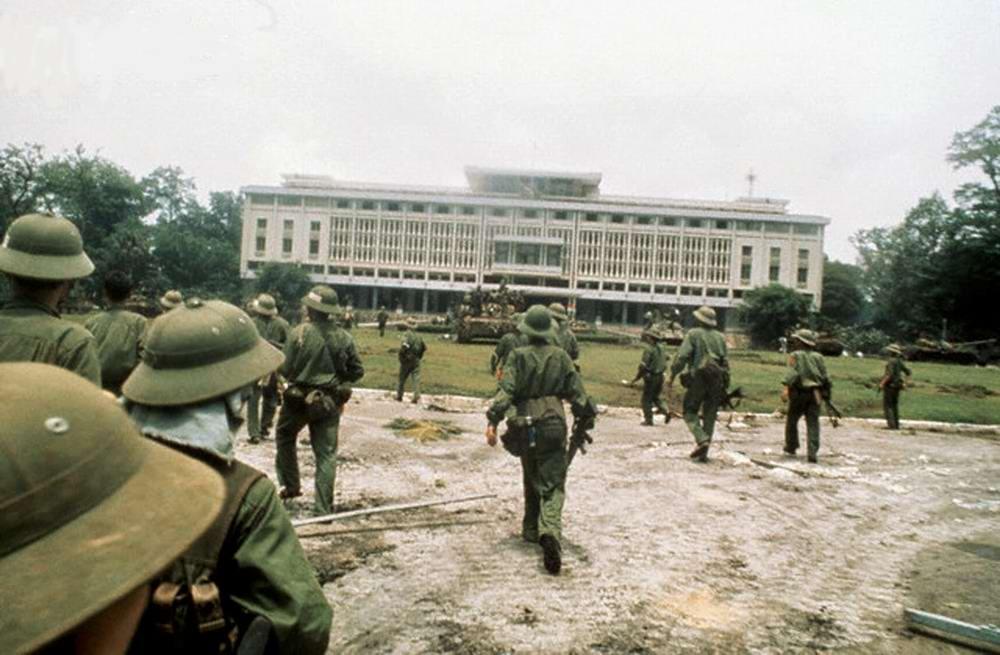 Освобождение Сайгона: как это было! К 40-летию со Дня Победы Вьетнама (США) (23)