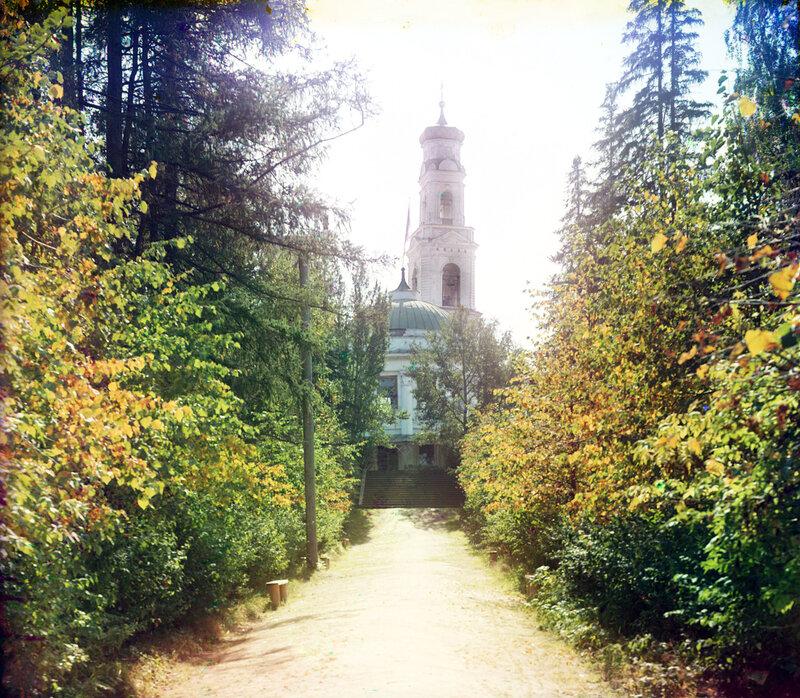 Хариторновский парк в г. Екатеринбурге.