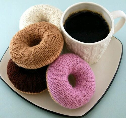 Вязаные пончики