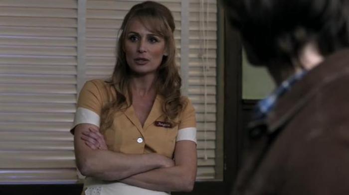 Саманта Смит, Лорен Том и другие актеры «Сверхъестественного» в сериале «Друзья»