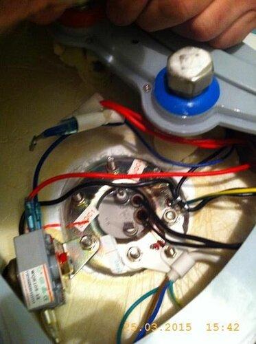 Навешиваем регулировочное оборудование на нагреватель