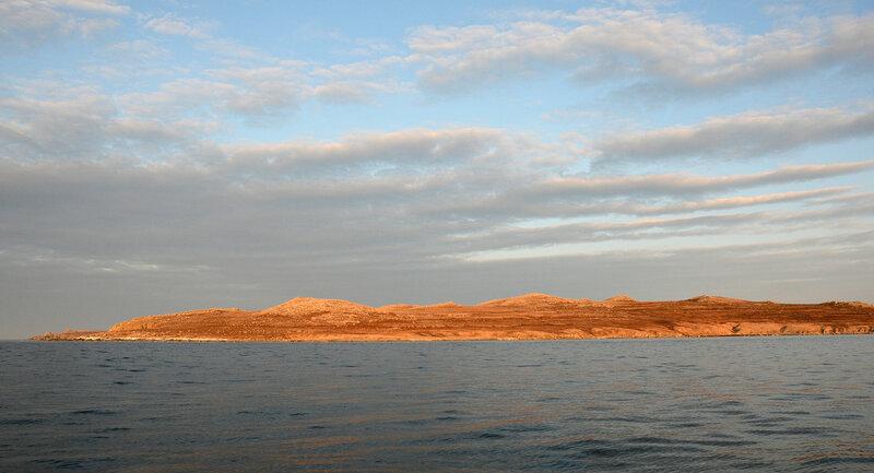 оранжевый берег.jpg