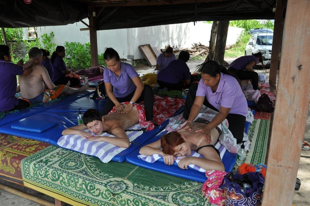 Наслаждаемся тайским массажем