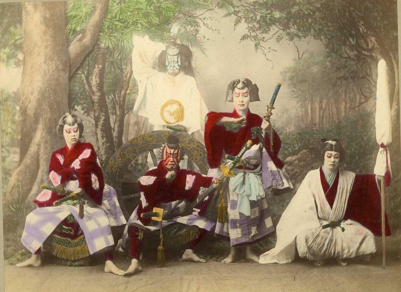 Театральные актеры