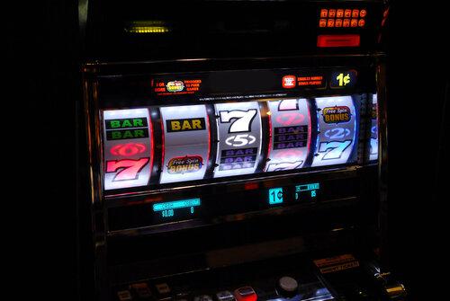 Увлекательный мир онлайн-казино в одном месте - playgmsdeluxe.com
