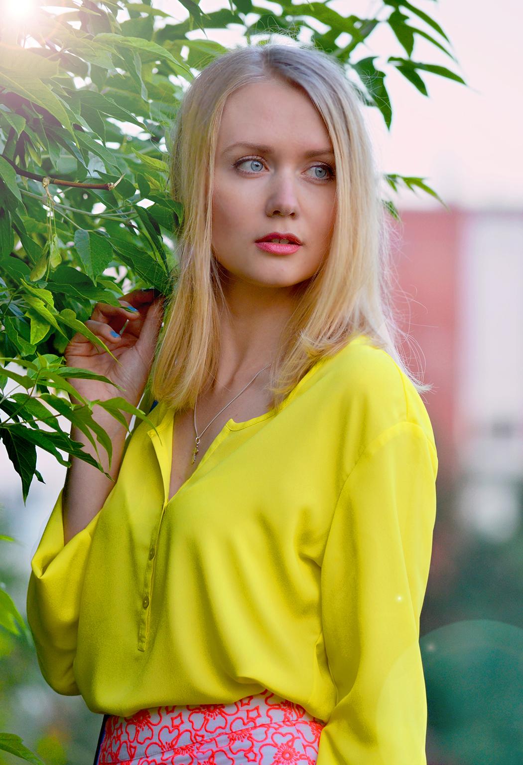 inspiration, streetstyle, spring outfit, moscow fashion week, annamidday, top fashion blogger, top russian fashion blogger, фэшн блогер, русский блогер, известный блогер, топовый блогер, russian bloger, top russian blogger, streetfashion, russian fashion blogger, blogger, fashion, style, fashionista, модный блогер, российский блогер, ТОП блогер, ootd, lookoftheday, look, популярный блогер, российский модный блогер, russian girl, с чем носить миди-юбку, как одеться весной, модные весенние аксессуары, цветовой круг, цветовые сочетания, как подобрать свои цвета, миди юбка, красивая девушка, русская девушка