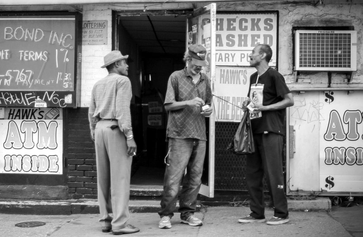 Неулыбчивая Америка: Черно-белая жизнь в бедных кварталах современного Балтимора (13)