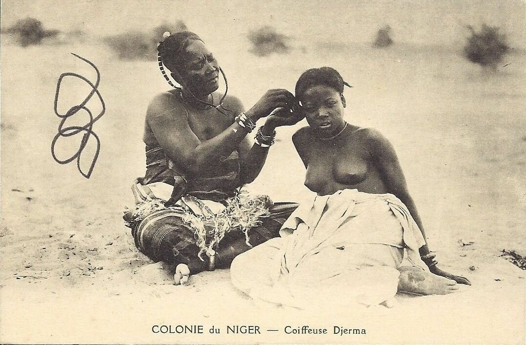 Нигер. Вылавливание вшей