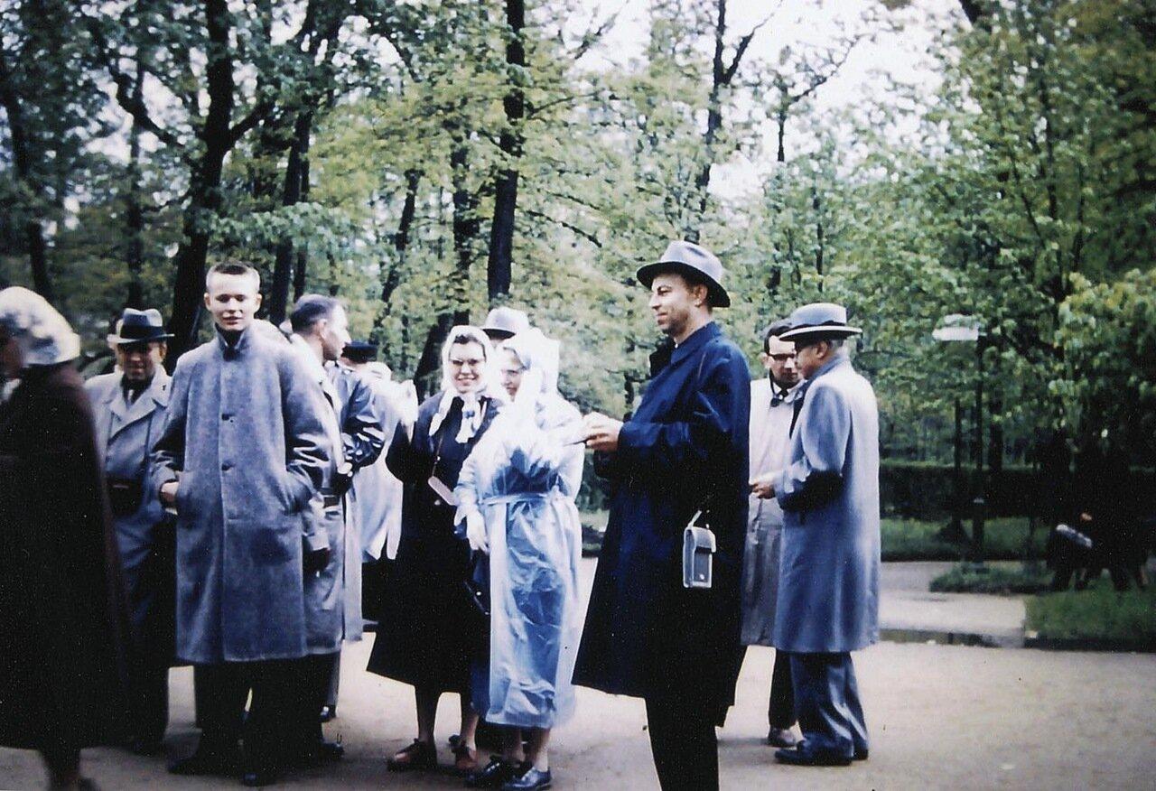 23. Петродворец. Нижний парк
