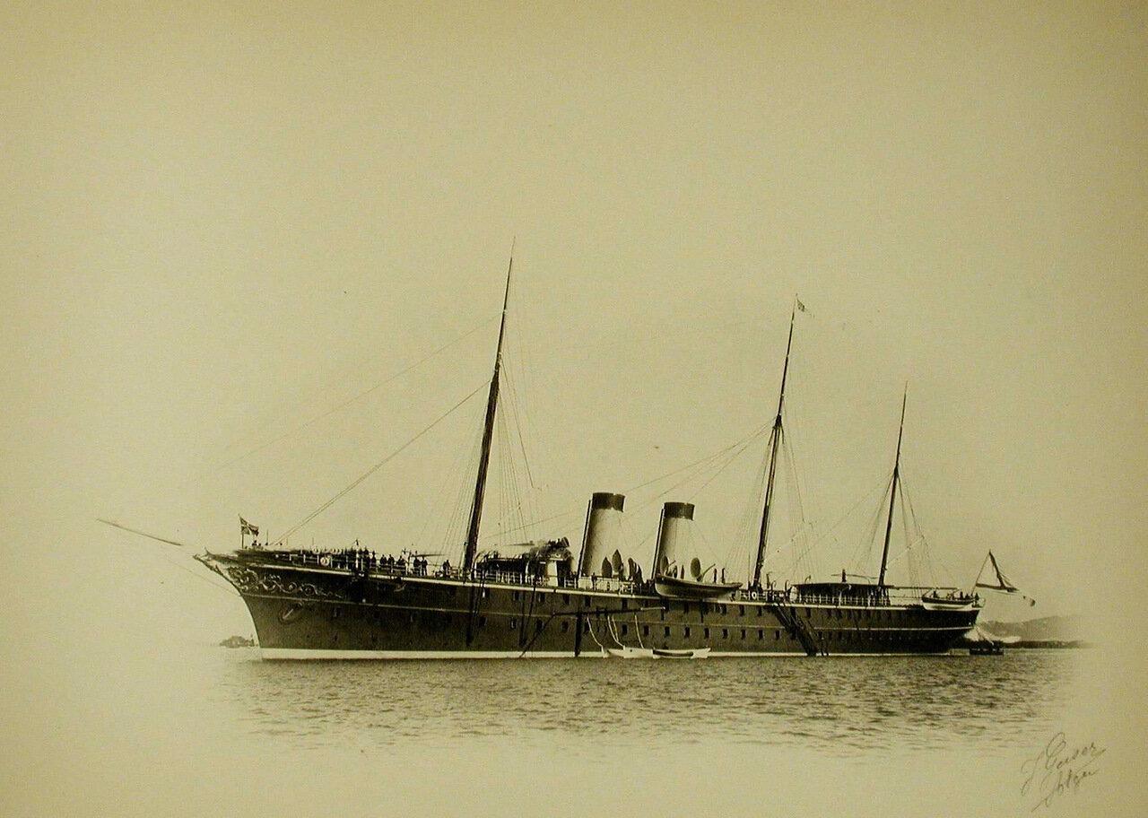 10. Вид яхты «Полярная звезда»