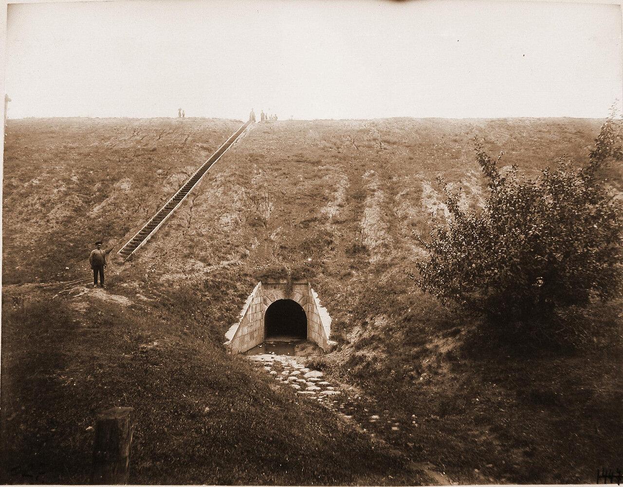 Виленская губерния. Вильна. Вид каменной трубы (отверстие 1 сажень) на 660-й версте