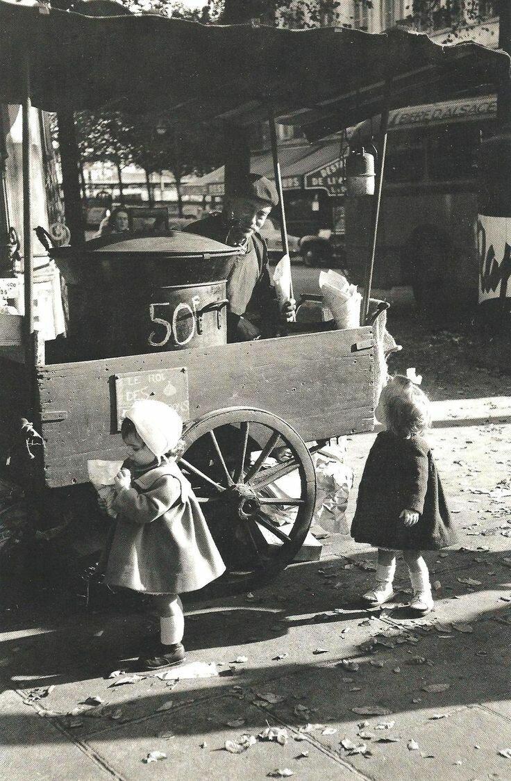 1956. Торговец каштанами