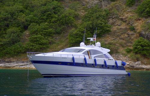 Яхта Абрамовича