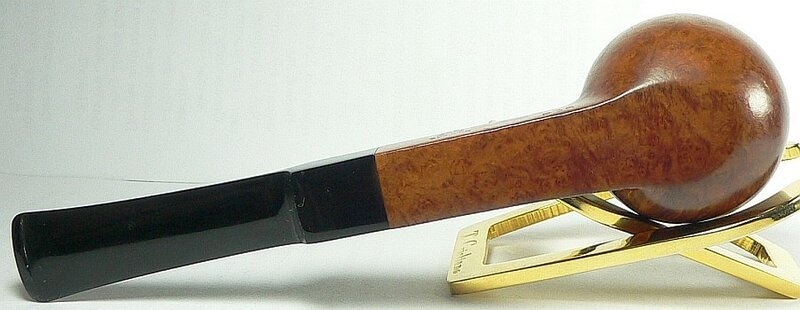 Comoy London Pride panel apple 532 pipe