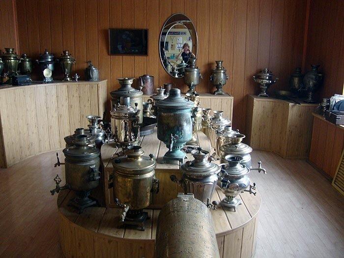 Музей, самовары