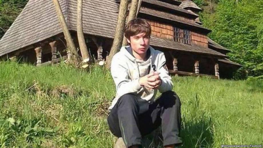 До Павла Гриба не допускают украинских врачей и не дают ему лекарств – отец